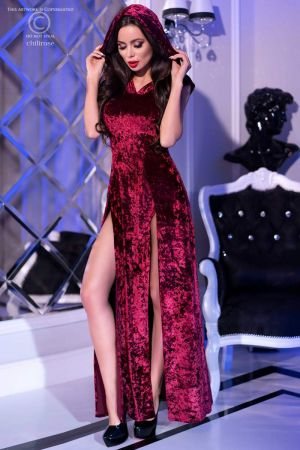 HOODED GOWN BURGUNDY